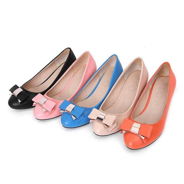 has uploaded 5492 candies shoes pictures for their candies shoes