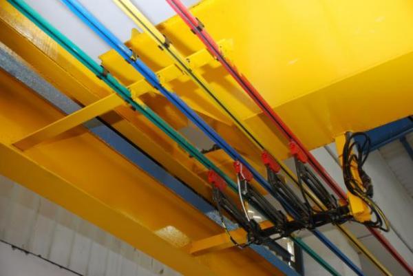 Crane Power Rail Images