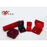 China El tamaño reutilizable determinado del joyero del terciopelo del OEM/del ODM modificó la caja de presentación para requisitos particulares pendiente wholesale