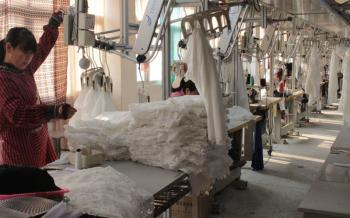 Wuhan dolucky knitwears co.,ltd