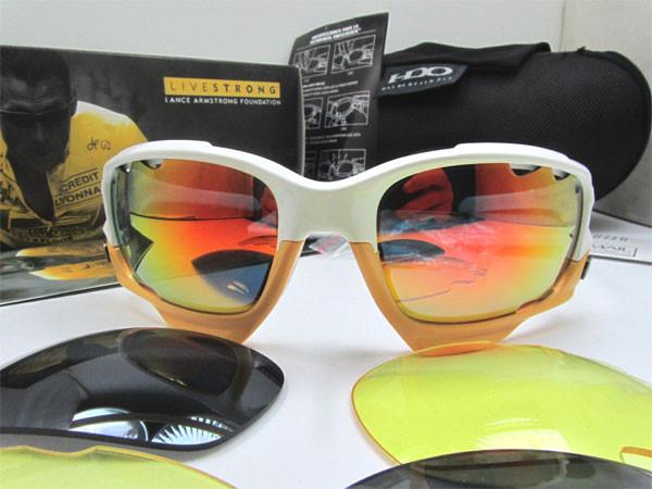 oakley livestrong flak jacket  oakley sunglasses