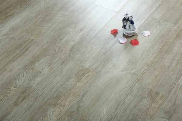 Quality Residential Waterproof Vinyl Flooring , High Gloss Vinyl Wood Plank Flooring for sale