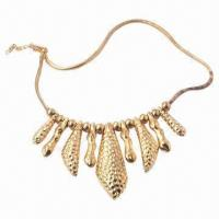China Fashionable Necklace for Women and Girl, 2013 New Designs, Zinc Alloy wholesale