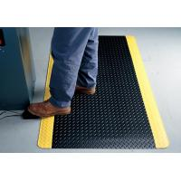 China Indoor Large Black Anti Fatigue Floor Mats With Yellow Side , Slip-Resistant wholesale