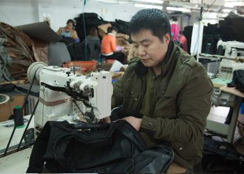 GUANGZHOU YAKEDA TRAVELING PRODUCTS CO.,LTD