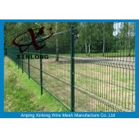China Triangle Curved Green Metal Wire Mesh Fence Wire Diameter 5.0mm wholesale