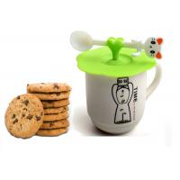 China Flexible food grade silicone coffee cup lids With Spoon Holder LFGB standard on sale