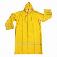 China Raincoat, customized logos and colors are accepted wholesale