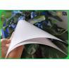 China Cor branca revestida do lado lustroso alto do papel de arte 2 para a impressão da capa do livro wholesale