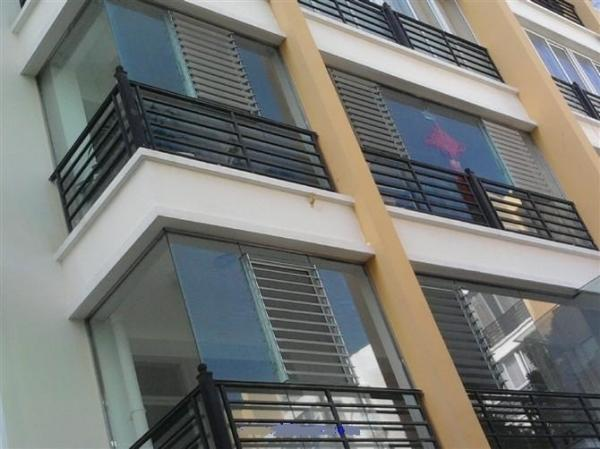 Quality Reflective Glass Louvers Window Shutters / Anodized  Aluminum Bathroom Window Louvers for sale