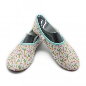 China Washable Hotel Room Slippers Comfortable Neoprene Slip On Shoes EVA Sole on sale