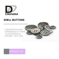 China Custom Natural Black Shell Button Butterfly 2 / 4 Holes High-End Buttons Lead - free on sale