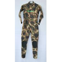 China Camo neoprene suit for swimming , neoprene shorty wetsuit with Knee Pad wholesale