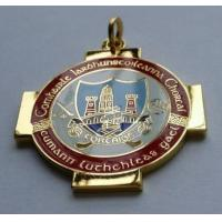 Silver plated badge with 2-D effect