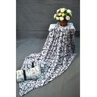 A Grade 100% Polyester bottom dyed  flannel fleece blanket for Travel , home , picnic