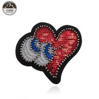 China Sew On OEM Beaded Applique Patches Heart Eyes Sequins Material Merrowed Border wholesale