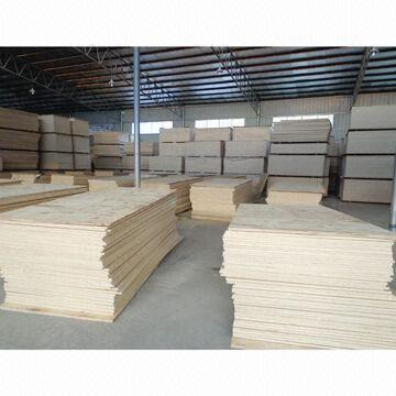 Quality Veneer Plywood with 2.5 to 25mm Thnickness, Made of Poplar, Hardwood and Combi Core for sale