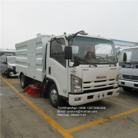 China Isuzu 190hp 7 ton road cleaning vacuum cleanervacuum road sweeper truck 4x2 street sweeping truck on sale