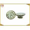 China Divers chapeaux de couronne en métal de couleur pour les lignes profondément gravées de bouteille de parfum wholesale