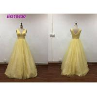 China Bling Yellow Sleeveless Prom Ball Gowns For Ladies Beading Pattern Customized Size wholesale