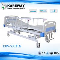 China 3 Cranks Manual Type Hospital Care Bed Height Adjustable With Food Dinner Board on sale