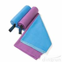 China Quick Dry Super Absorbent Lightweight Microfiber Towel for Swimming Yoga Beach wholesale