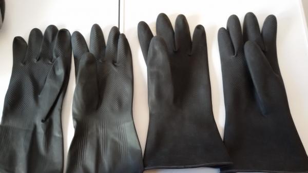 Член и резиновые перчатки 6 фотография