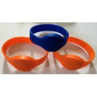 China NTAG203 chip NFC soft silicone wristband, NFC intelligent Proximity silicone wristband, NTAG213, NTAG216 wristband wholesale