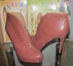 China UK Magazine high heels Platform rivet Retro ankle boots popular hot women