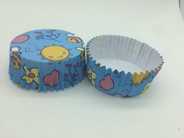 Quality Cute Marine Greaseproof Baking Cups, Disposable Blue Cupcake WrappersOrganism Pet Inside for sale