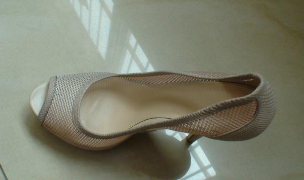 Quality Honeycomb Mesh Ladies High Heeled Soft Snake Leather Shoes for sale