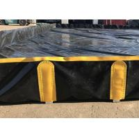 China Easy Cleaning Spill Containment Berms Folding Bracket Type Preventing Oil Leaks on sale