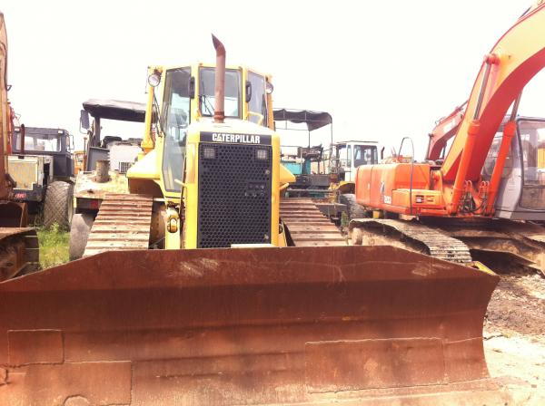 Quality Bulldozer Used Condition Bulldozer D5N Caterpillar Brand for sale