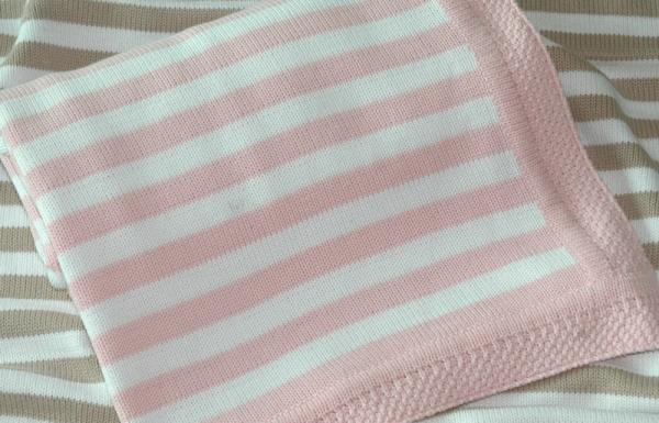 Free Knitting Pattern For Striped Baby Blanket : baby sweater knitting patterns images.