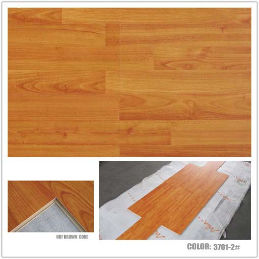 Quality 8mm embossed laminate flooring E1 B1 SGS for sale