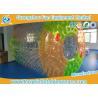 China La bola inflable colorida modificada para requisitos particulares de Zorb juega el material del PVC de 0.7m m para el juego de los deportes acuáticos wholesale