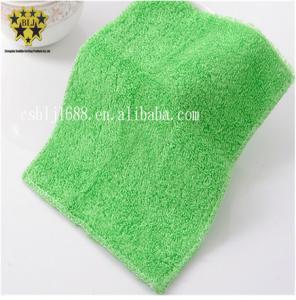 China OEM Microfiber Dish Cloth Green Ultrasonic Trimming Coral Fleece 600gsm on sale