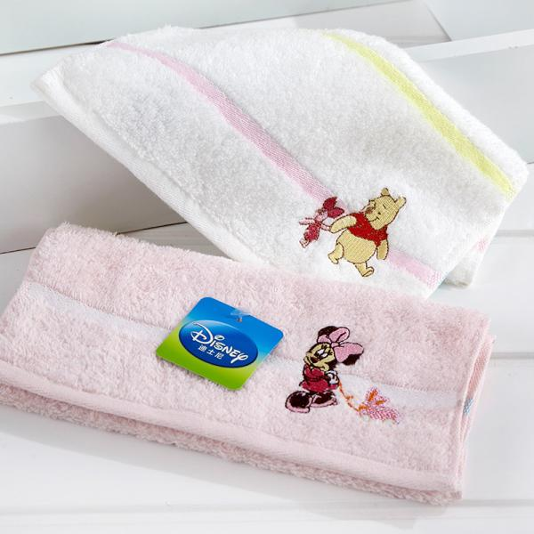 Quality Disney Satin Jacquard Beach Towels / Embroidered Bath Towels Sets Rectangle Shape for sale