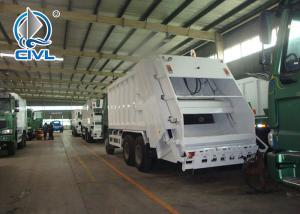 China New Garbage Truck 400 L Fuel Tank Garbage Compactor Truck With 4 - Stroke Direct Injection Diesel Engine wholesale