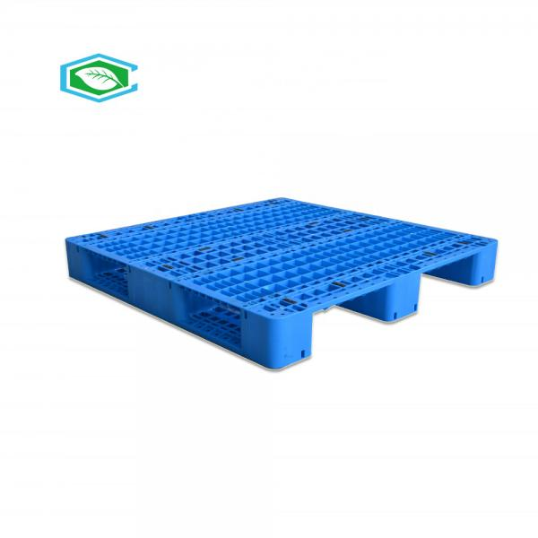Quality Virgin HDPE Steel Reinforced Plastic Pallets Grid Surface 3 Longitudinal Legs for sale