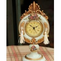 China European character clock of resin Home furnishing articles clock Business watch wholesale