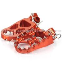 China CNC Billet Aluminum Dirt Bike Foot Pegs For SX 125 250 300 EXC 200 250 300 on sale