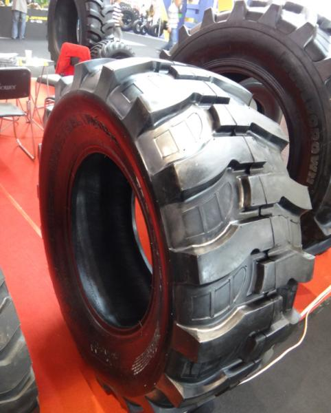 Backhoe Tire Brands : Tractor tires images