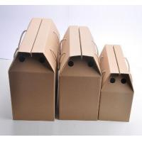 China Corrugated Cardboard Fruit Boxes With Handle , Varnishing / Calendering Printing wholesale