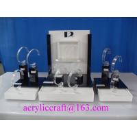 China Practical and simple plexiglass watch display rack, acrylic watch display stand on sale