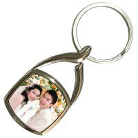 China Christmas Ornament Personalized Metal Keychains Surfboard Sublimation Blank wholesale