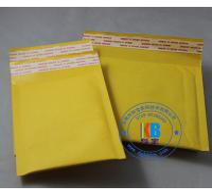 China Padded Bubble envelope type stock size 15cm*18cm Yellow Kraft padded bag mailer wholesale