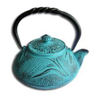 China 550ml enameled cast iron teapot with stainless steel filter on sale