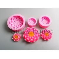 China Custom Made Pink Clay Cylinder Silicone Candle Molds Non - Sticking wholesale