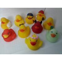 China Bath Floating Mini Rubber Ducks Harmless Holiday Design For Children Gifts wholesale